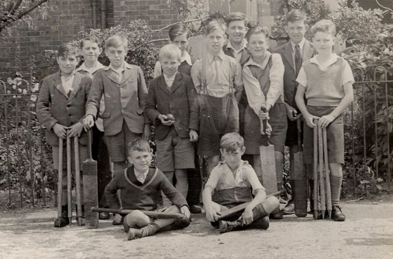 1947-CricketTeam